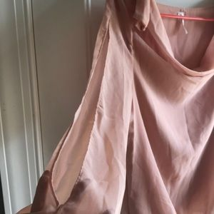 Studio Y Tops - Peachy colored blouse